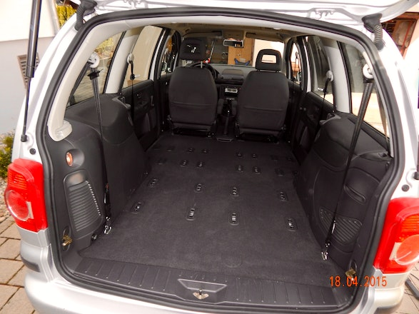 volkswagen sharan 2006 7 sitze mieten in radolfzell. Black Bedroom Furniture Sets. Home Design Ideas