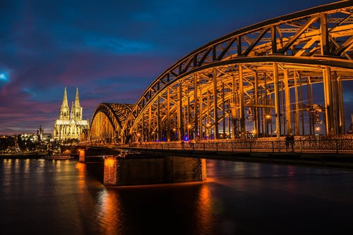 Hire cars from locals in Cologne - Getaround