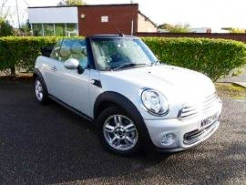 mini  one cabriolet, 2012, Essence