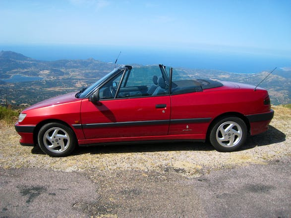 location peugeot 306 cabriolet 1994 automatique porto vecchio quai de syracuse. Black Bedroom Furniture Sets. Home Design Ideas