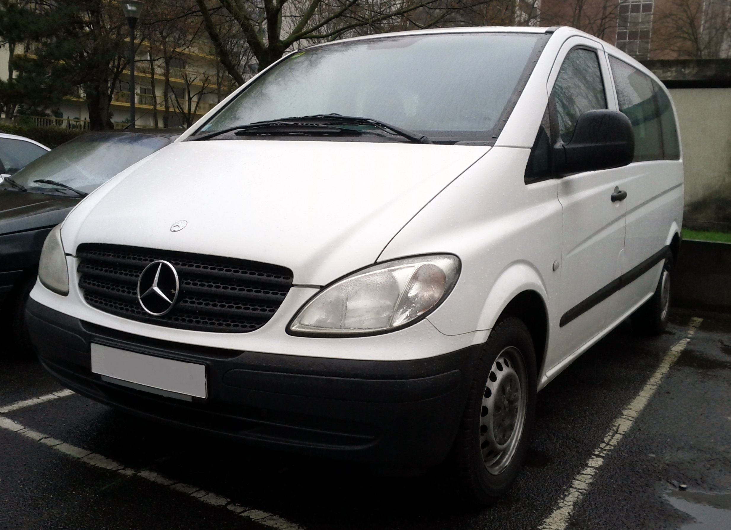 Mercedes Vito - 9 places Clim, 2005, Diesel, 9 places et plus