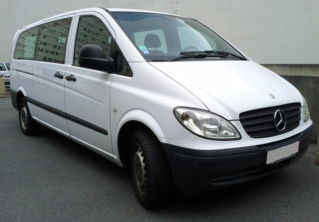 location minibus mercedes vito tourer 2006 diesel 9 places paris. Black Bedroom Furniture Sets. Home Design Ideas