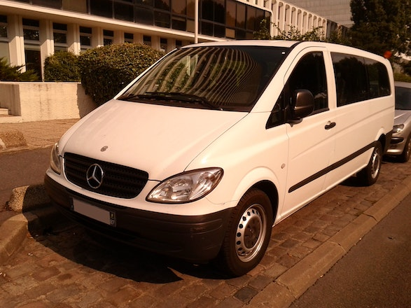 location minibus mercedes vito tourer 2006 diesel 8 places paris. Black Bedroom Furniture Sets. Home Design Ideas