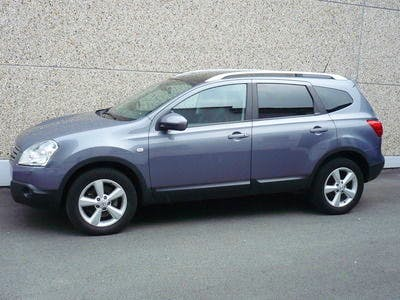 location nissan qashqai 2 2009 diesel 7 places  u00e0 n u00eemes