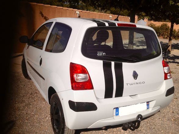 location renault twingo 2009 diesel marignane mrs a roport de marseille provence. Black Bedroom Furniture Sets. Home Design Ideas