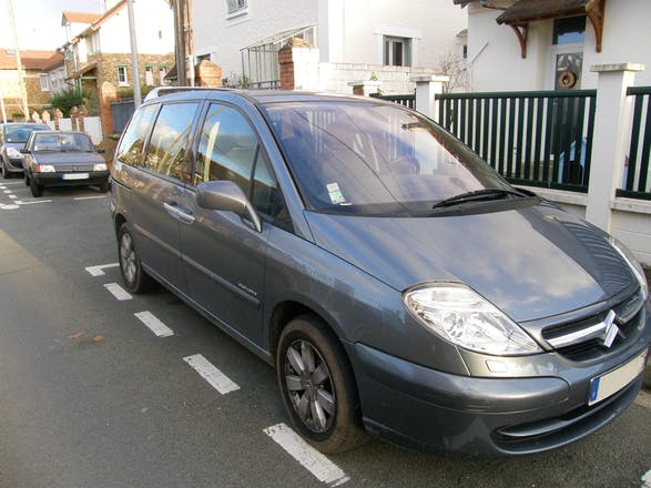 location citroen c8 2006 diesel 7 places poissy rue charles mar chal. Black Bedroom Furniture Sets. Home Design Ideas