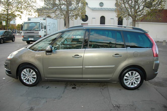 location citroen c4 grand picasso 2007 diesel automatique. Black Bedroom Furniture Sets. Home Design Ideas