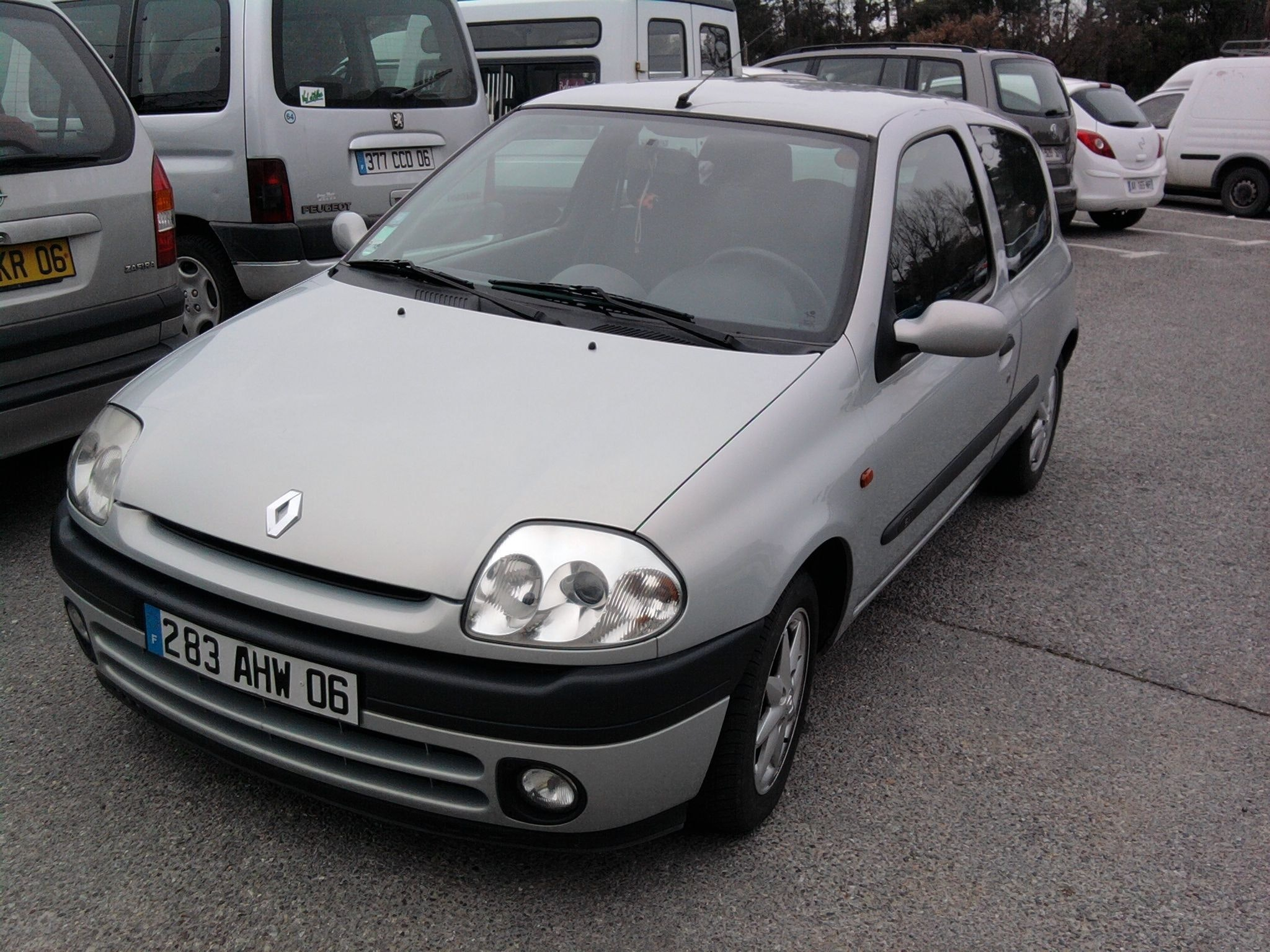 Renault Clio II phase 1 SI, 2000, Essence