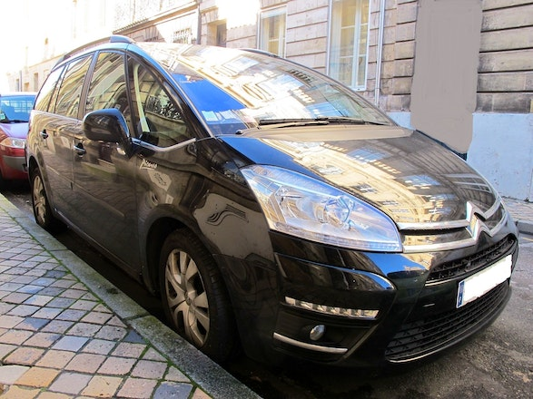 location citroen c4 grand picasso 2011 diesel automatique 7 places bordeaux rue saint laurent. Black Bedroom Furniture Sets. Home Design Ideas