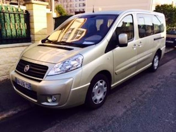 location minibus fiat scudo combi 2009 diesel 9 places vitry sur seine 16 rue de la paix. Black Bedroom Furniture Sets. Home Design Ideas