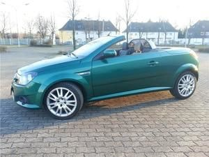 Opel TIGRA TWINTOP / 2 PLACES, 2005, Essence