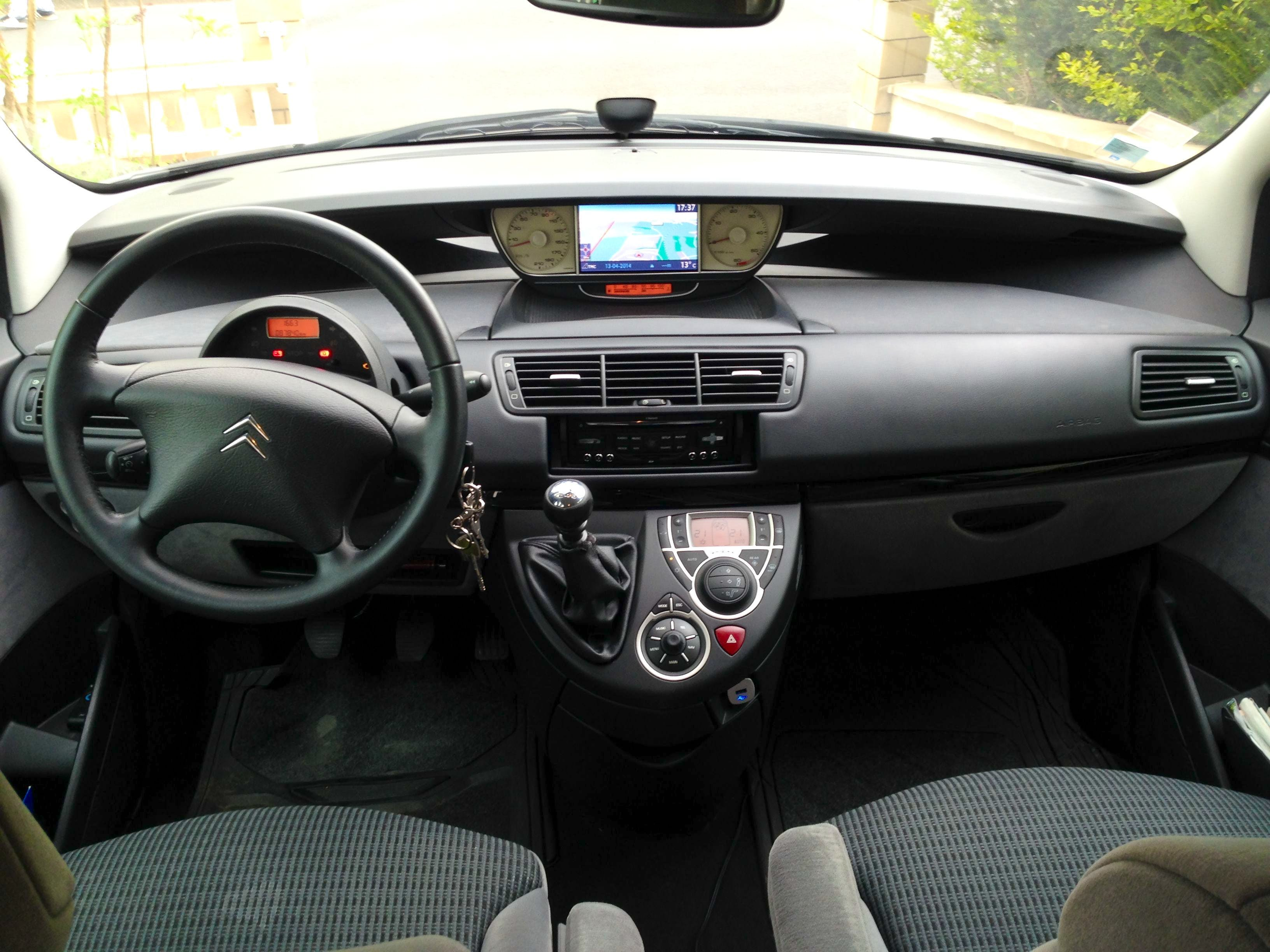 location citroen c8 2010 diesel 7 places  u00e0 osny  27 chemin de la colonne