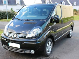 location renault trafic passenger 2014 diesel 8 places larmor plage 25 rue de ploemeur. Black Bedroom Furniture Sets. Home Design Ideas