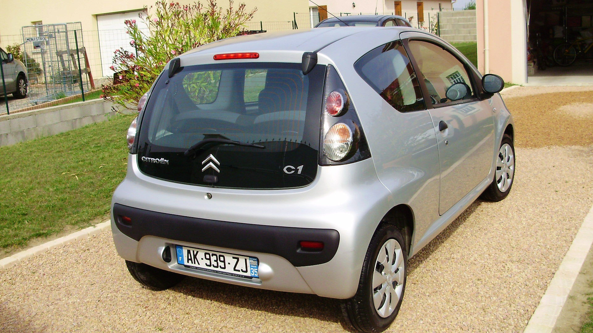 Citroen C1 Attraction, 2010, Essence