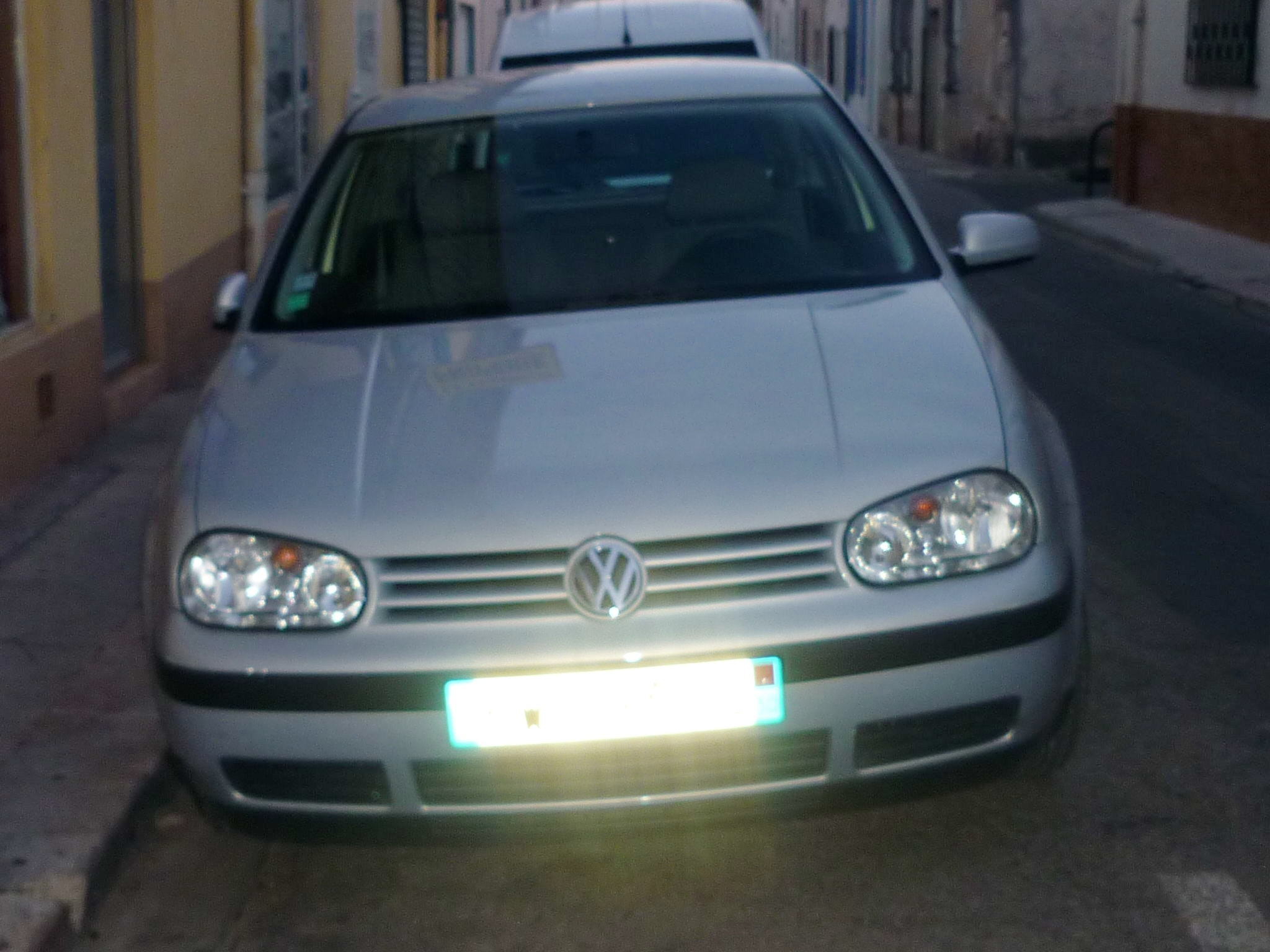 volkswagen  Golf 4 , 1999, Essence