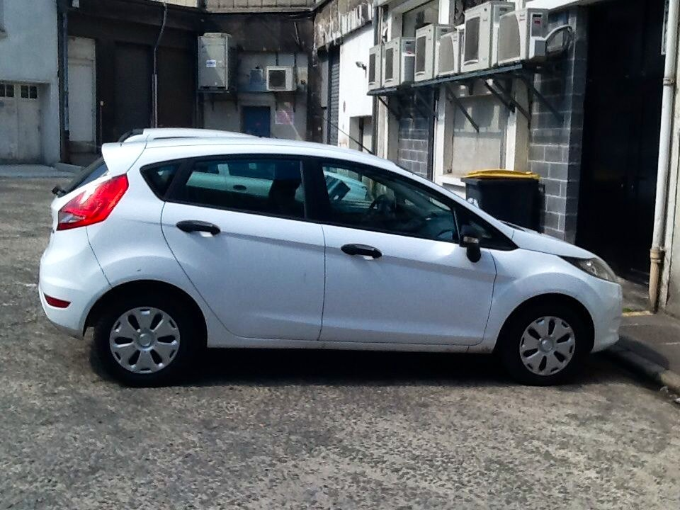 Ford Fiesta, 2011, Essence