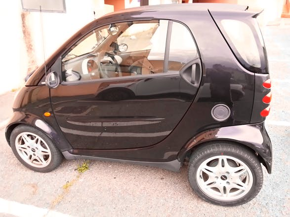 location smart fortwo coup 2006 automatique bastia chemin de l 39 annonciade. Black Bedroom Furniture Sets. Home Design Ideas