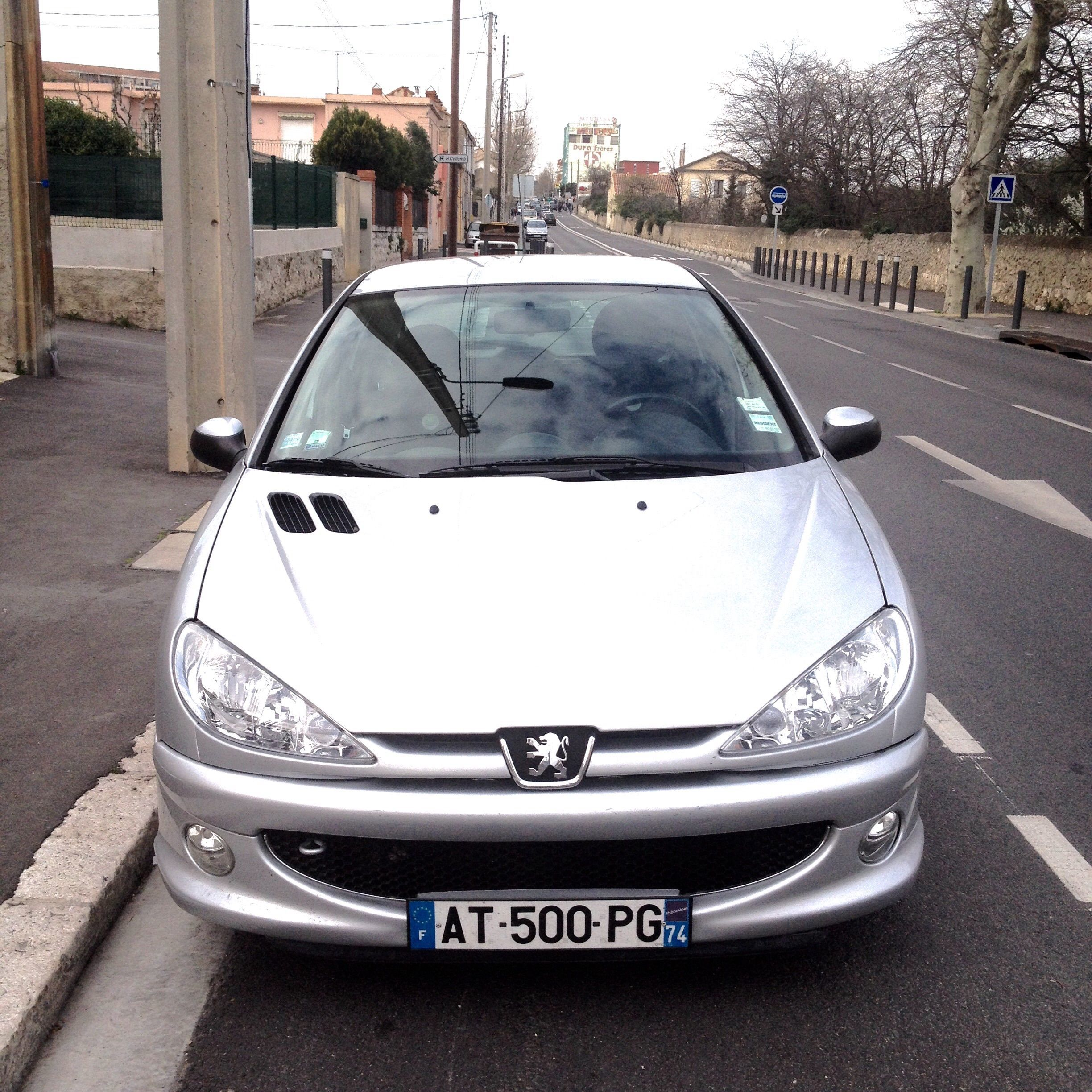location voiture marseille peugeot  hdi portes gare st charles