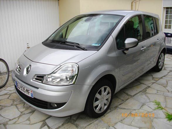 location renault grand modus 2011 diesel le blanc mesnil