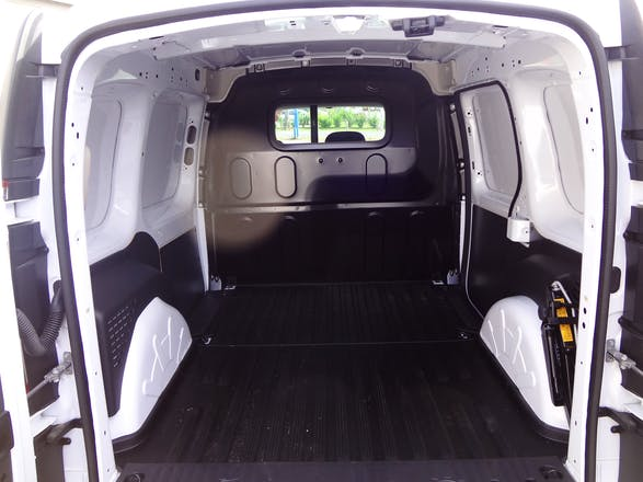 location renault kangoo 2014 diesel mur de sologne 341. Black Bedroom Furniture Sets. Home Design Ideas