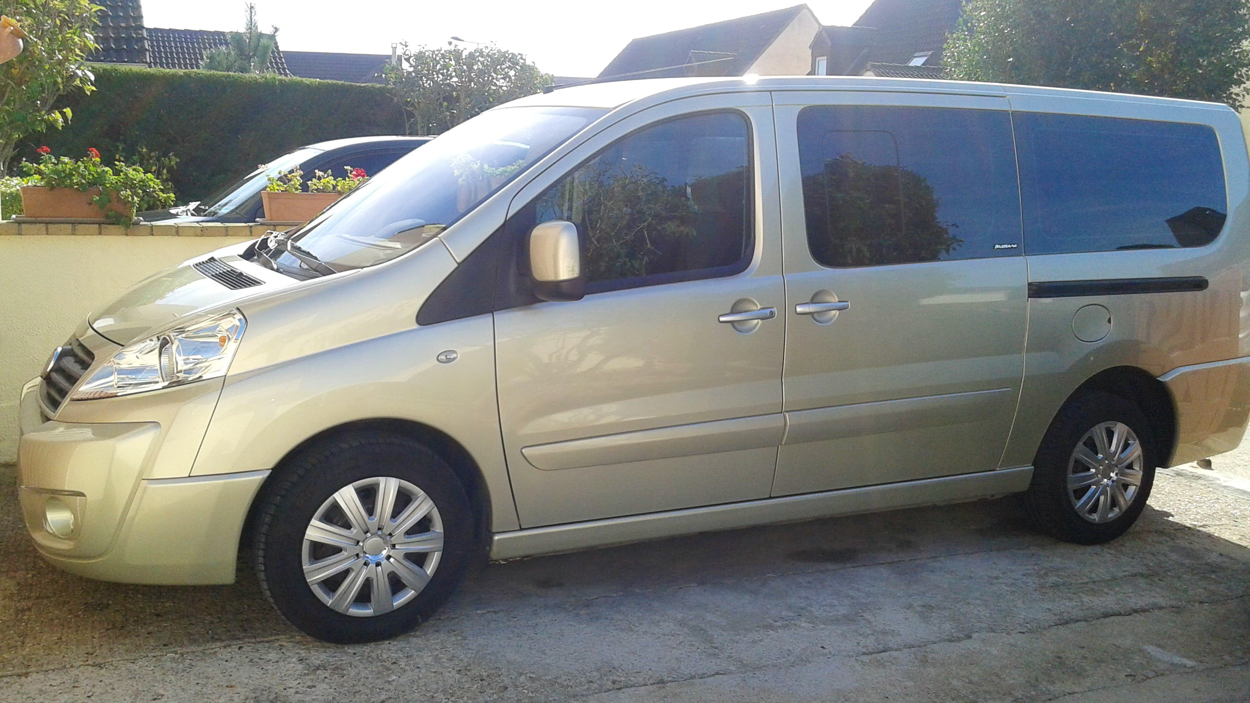 Fiat scudo panorama, 2009, Diesel, 9 places et plus