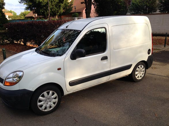 location utilitaire renault kangoo express 2005 diesel. Black Bedroom Furniture Sets. Home Design Ideas