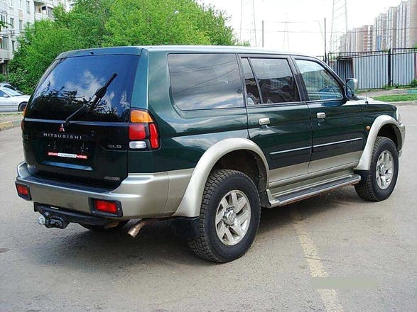 location mitsubishi pajero sport 2003 diesel le luc route des mayons. Black Bedroom Furniture Sets. Home Design Ideas