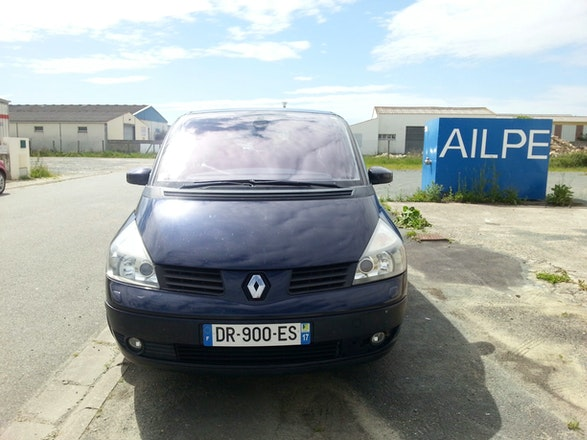 location renault espace 2004 diesel automatique 7 places la rochelle place pierre semard. Black Bedroom Furniture Sets. Home Design Ideas