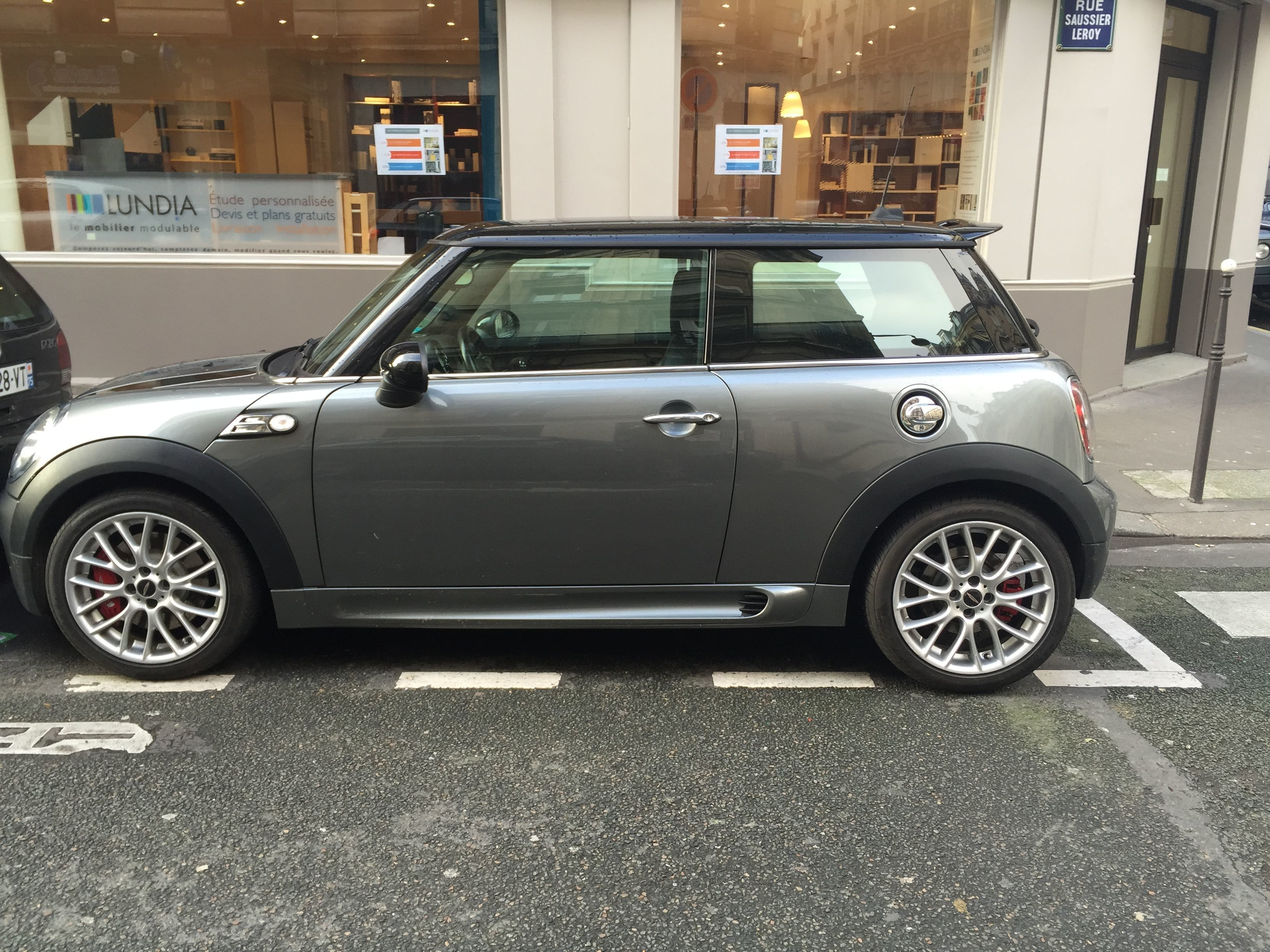 Mini John Cooper Works 1.6, 2008, Essence