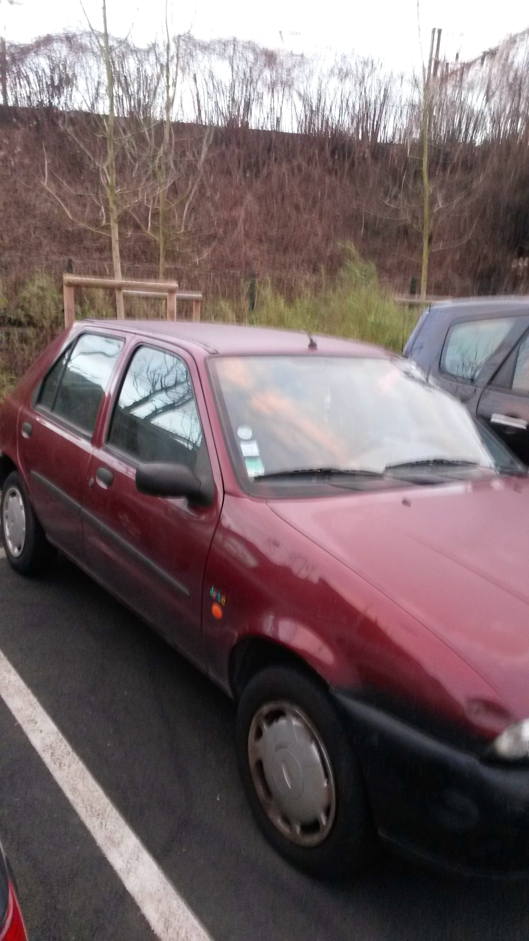 ford fiesta, 1998, Essence - Citadine Colombes (92)