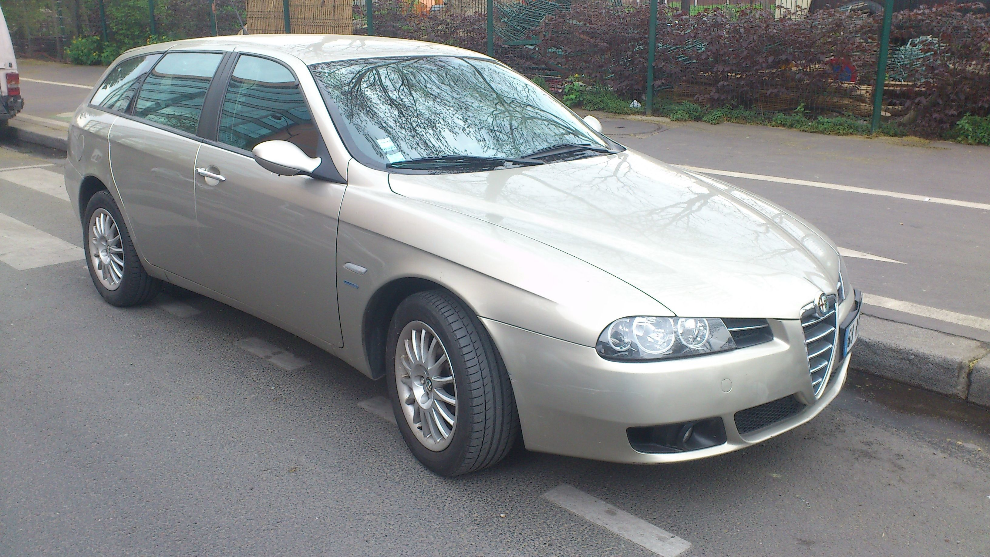 Alfa-Romeo 156 SW 1.9 JTD126 Distinctive (break), 2005, Diesel
