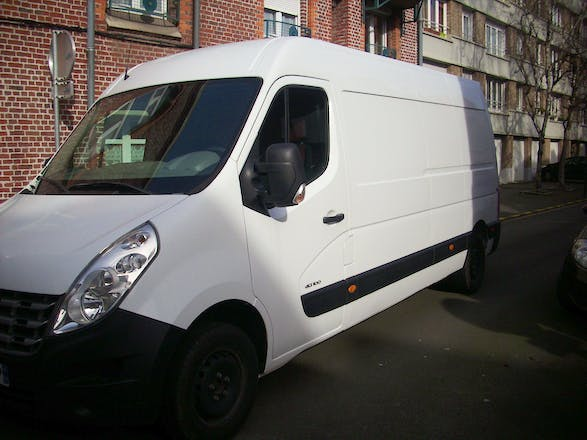 location utilitaire renault master 2011 diesel lille 03 rue fr d ric joliot curie. Black Bedroom Furniture Sets. Home Design Ideas