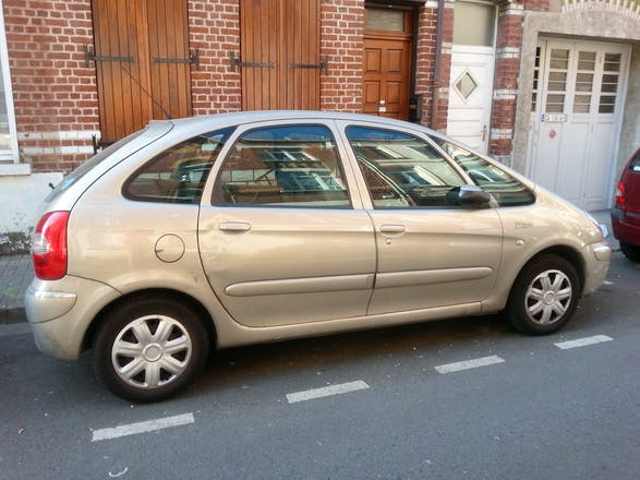 location citroen xsara picasso 2006 diesel paris 30 rue gandon. Black Bedroom Furniture Sets. Home Design Ideas