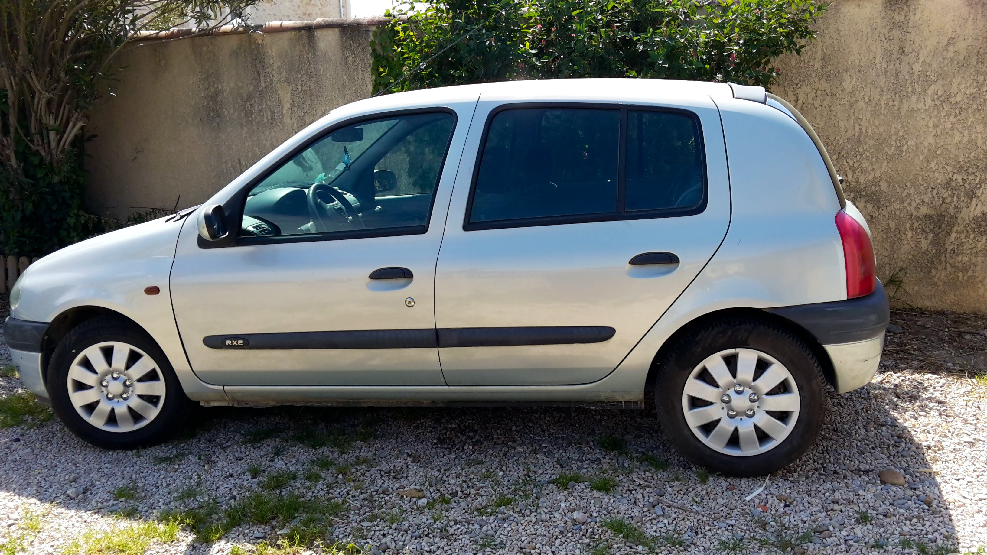 Renault Clio 2 DTI (gare TGV possible), 2000, Diesel