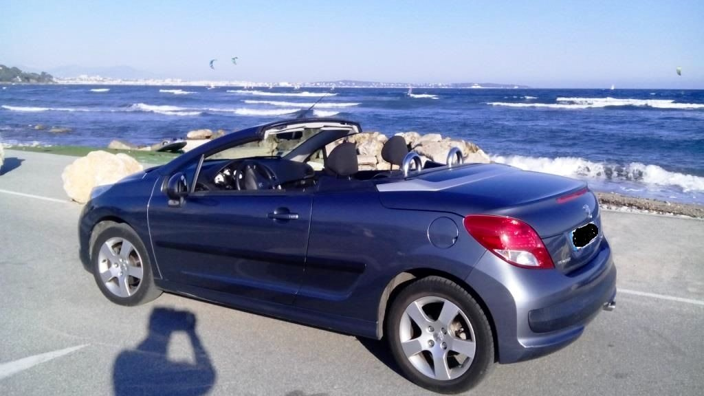 Peugeot 207CC 1.6 Pack limited, 2010, Essence - Cabriolet Cannes (06)