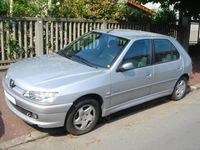 Peugeot 306 Norwest 1.6 90ch, 1999, Essence - Berline Colombes (92)