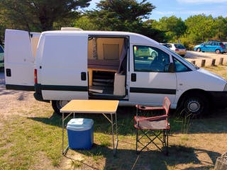 location utilitaire fiat scudo 2006 diesel bordeaux 10 rue de brezets. Black Bedroom Furniture Sets. Home Design Ideas