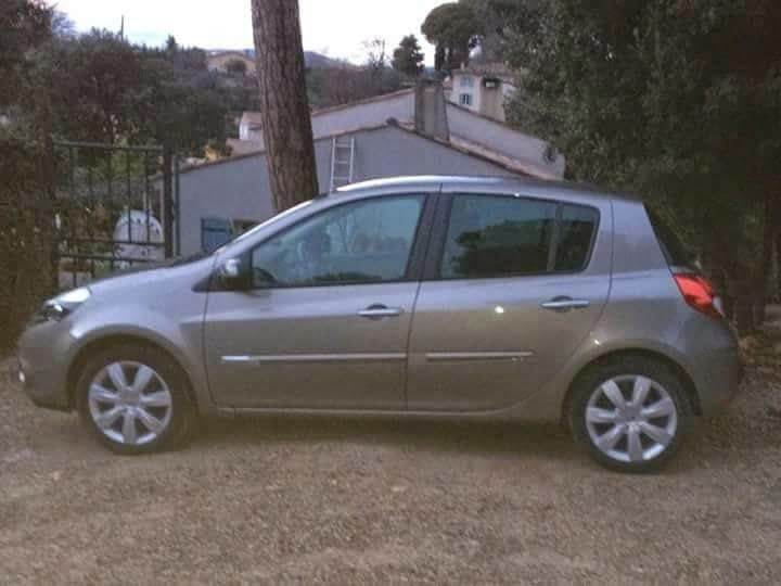 Renault clio 3 exception Tom Tom euro 1.2 TCE 101 CV , 2010, Essence