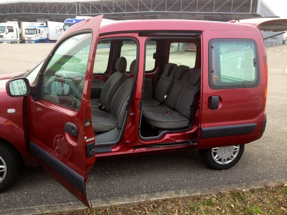 location renault grand kangoo 2007 diesel strasbourg place de la gare. Black Bedroom Furniture Sets. Home Design Ideas