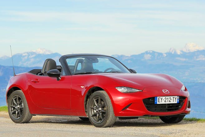 location mazda mx 5 roadster 2016 ville la grand rue du buet. Black Bedroom Furniture Sets. Home Design Ideas