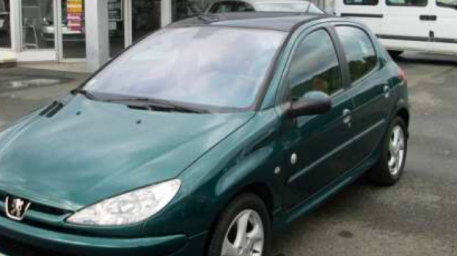 Peugeot 206 Disponible Aéroport - Gare - Métro, 2004, Diesel