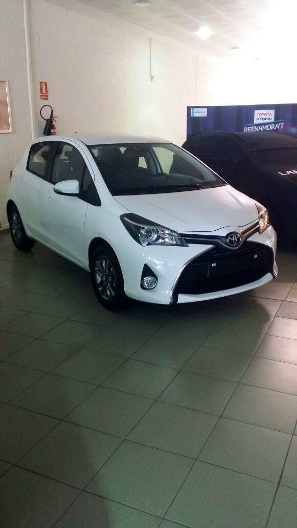 Toyota yaris 1.3 city, 2015, Gasolina