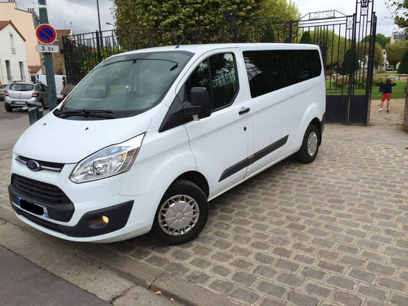 location minibus ford transit custom kombi 2013 diesel 9 places paris neuilly porte maillot. Black Bedroom Furniture Sets. Home Design Ideas