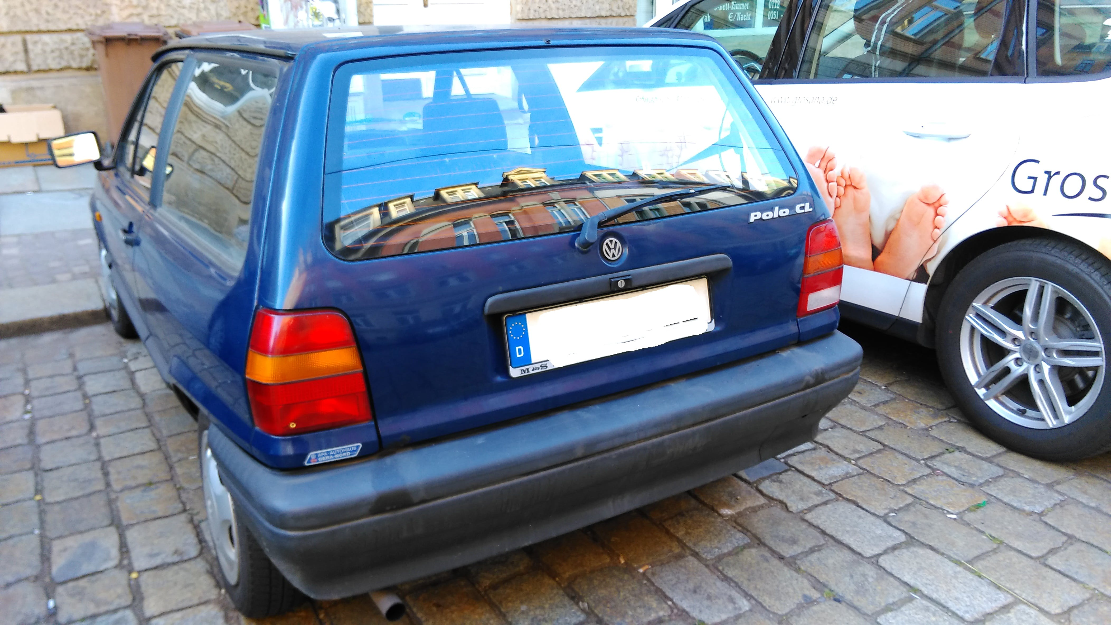 Volkswagen Polo 86c 2F mit CD-Player