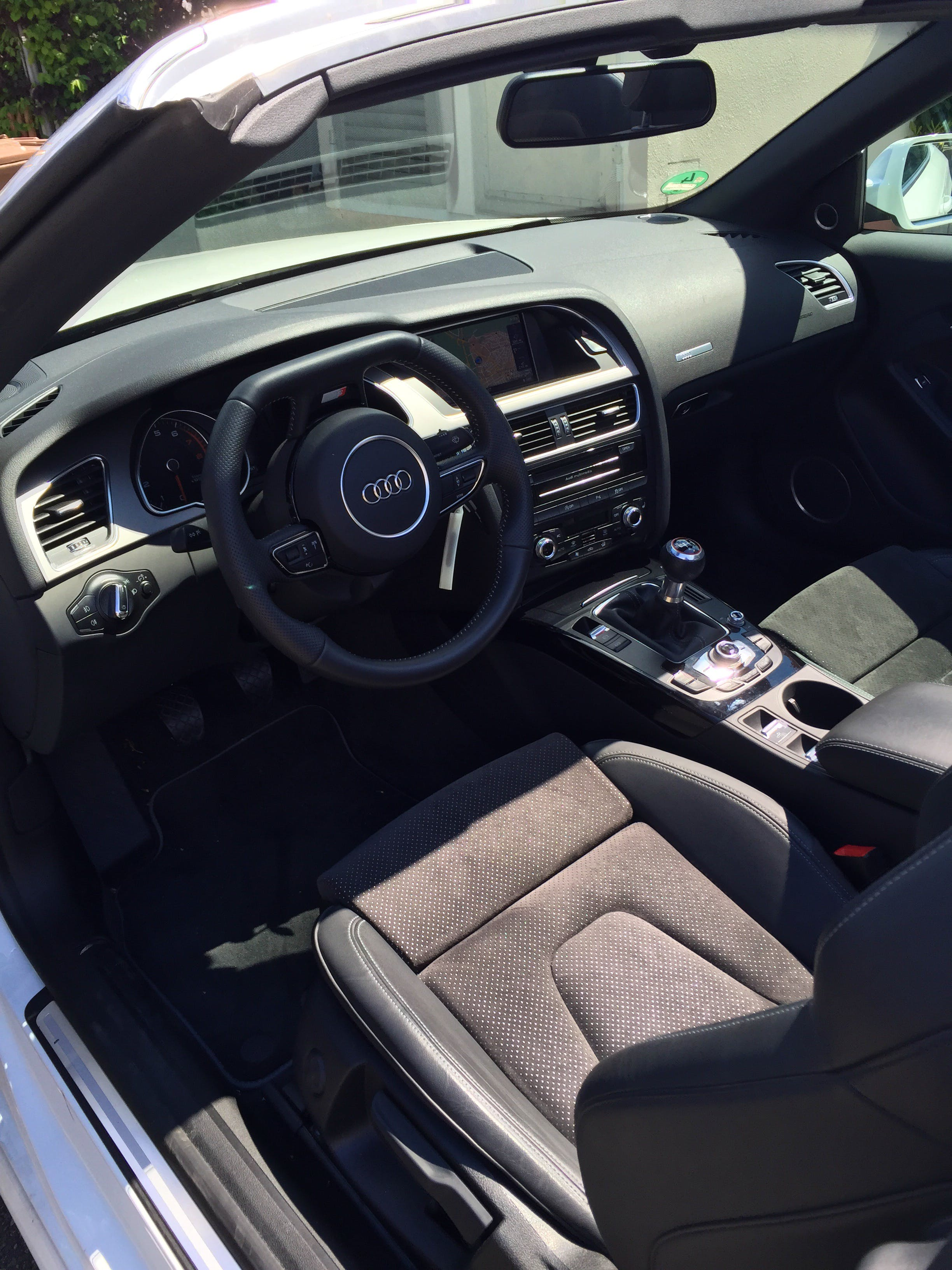 Audi A5 Cabriolet 2.0 TFSI 155 KW ( 211 ) 6-Gang mit Tempomat