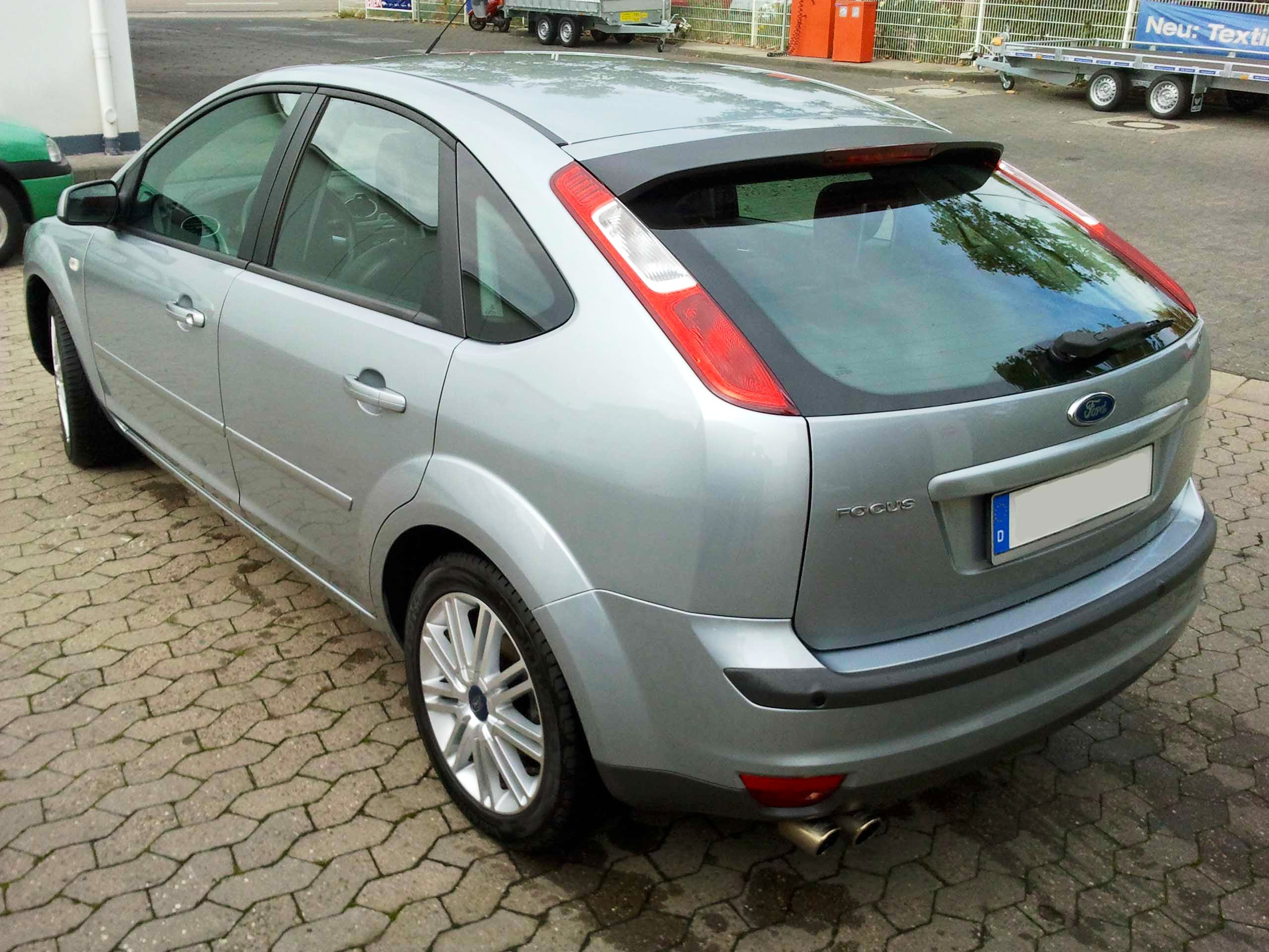 Ford Focus II Titanium mit CD-Player