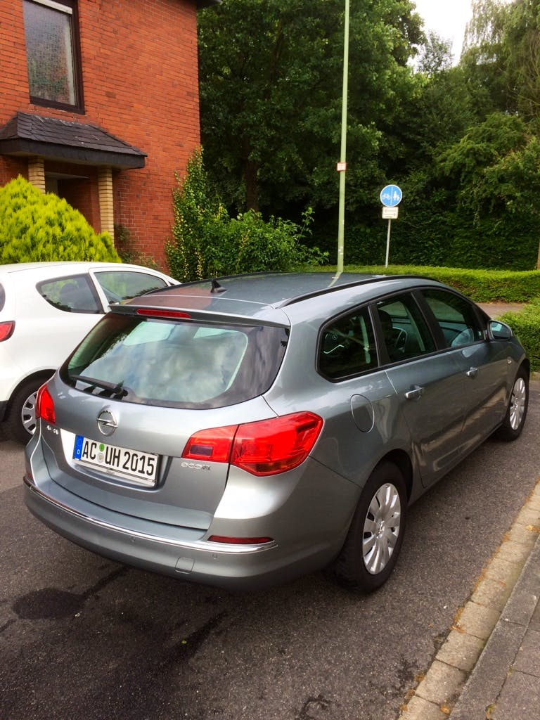 Opel Astra Sports Tourer 1.7 CDTi mit CD-Player