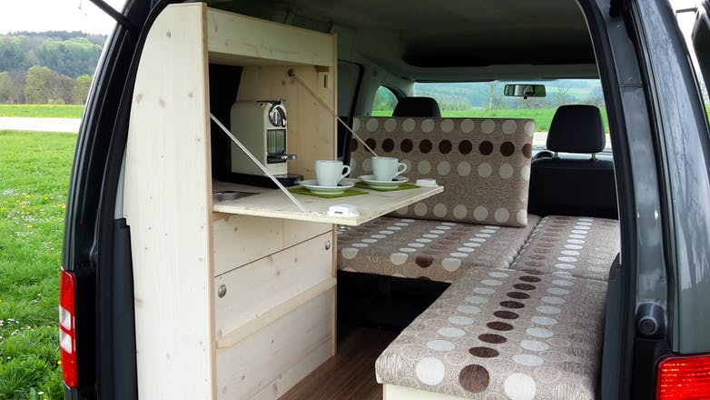 volkswagen caddy tramper 2014 in wiesbaden mittelheimer. Black Bedroom Furniture Sets. Home Design Ideas