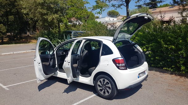 Citroen C3 1.4 HDI Clim (parking de la Gare)