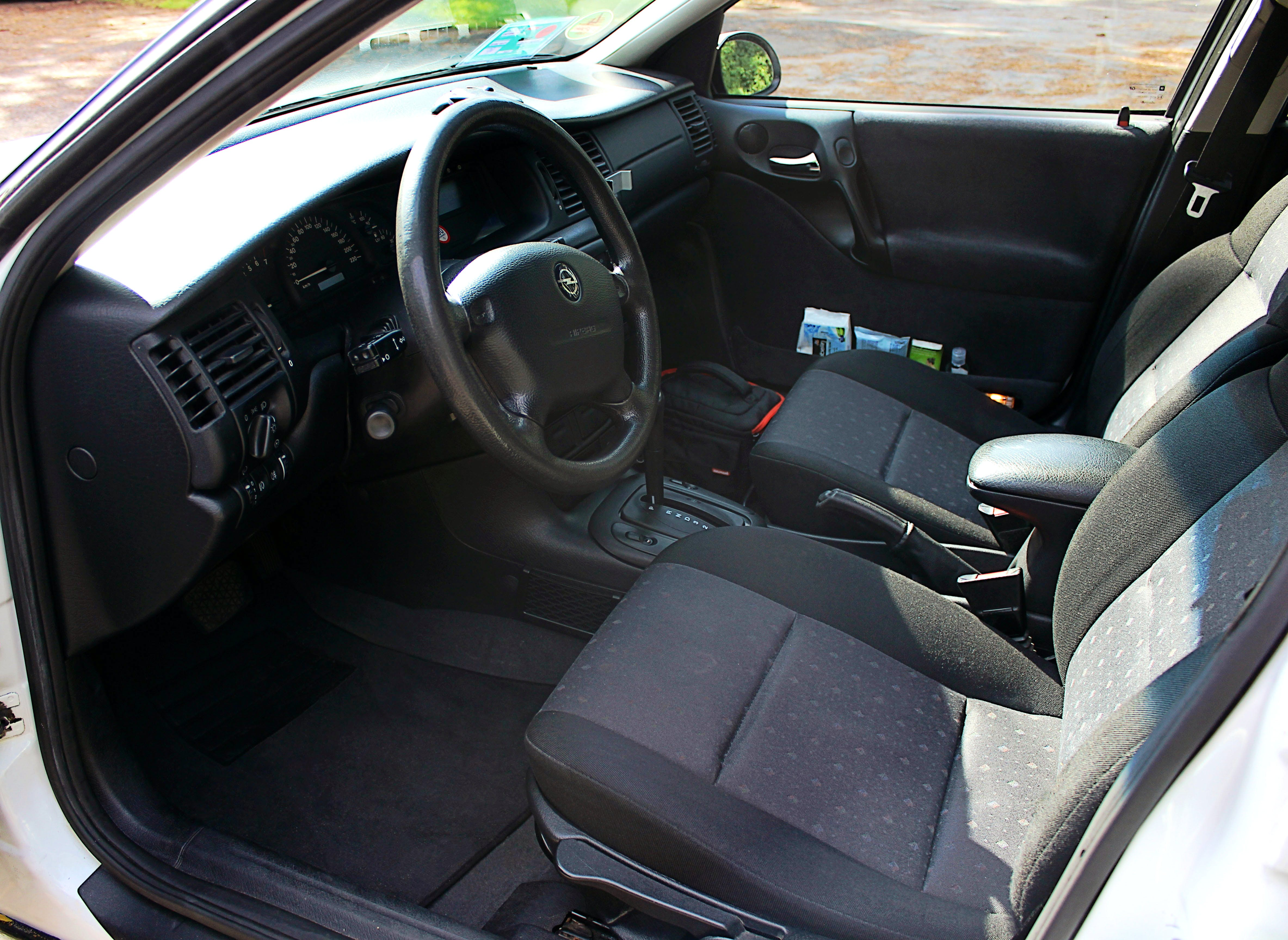 Opel Vectra 1.8l mit CD-Player